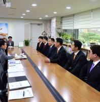 안산청년회의소 신임 임원진 인사차 내방 (11.21)